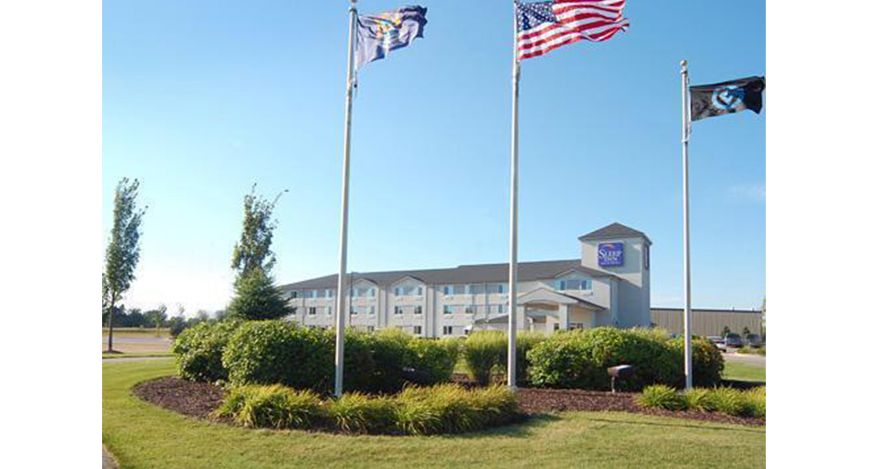 Enjoy A Wealth Of Amenities At An Affordable Price When Choosing The Sleep Inn Suites Hotel In Allendale Mi We Are Conveniently Located Just Two Blocks
