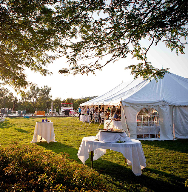 5 Tips For Outdoor Weddings In The Grand Haven Area