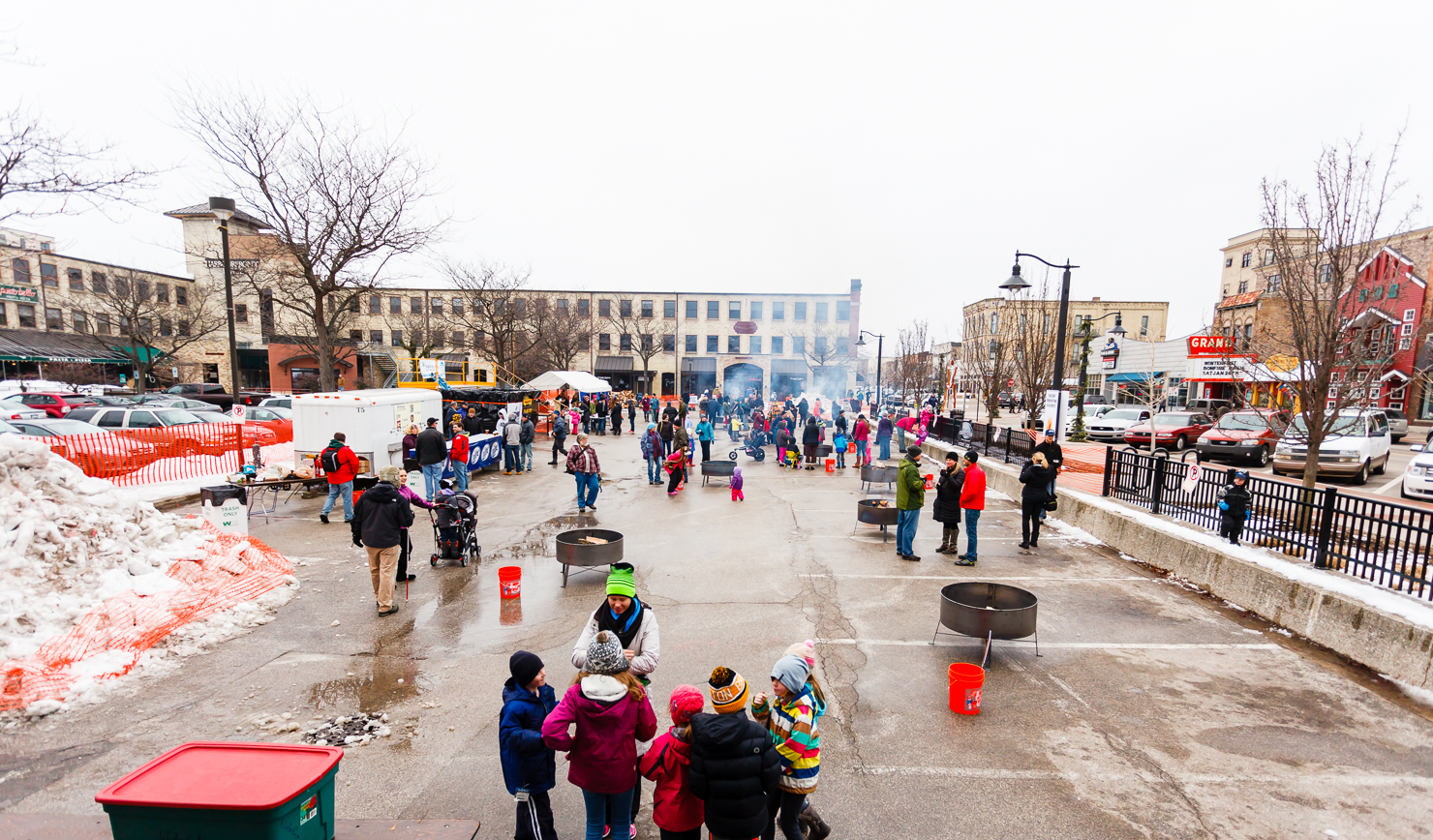 Grand Haven Winterfest Bonfire Bash - Photo: Randy Riksen Photography