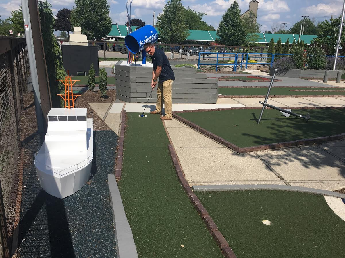 Chinook Pier Mini Golf