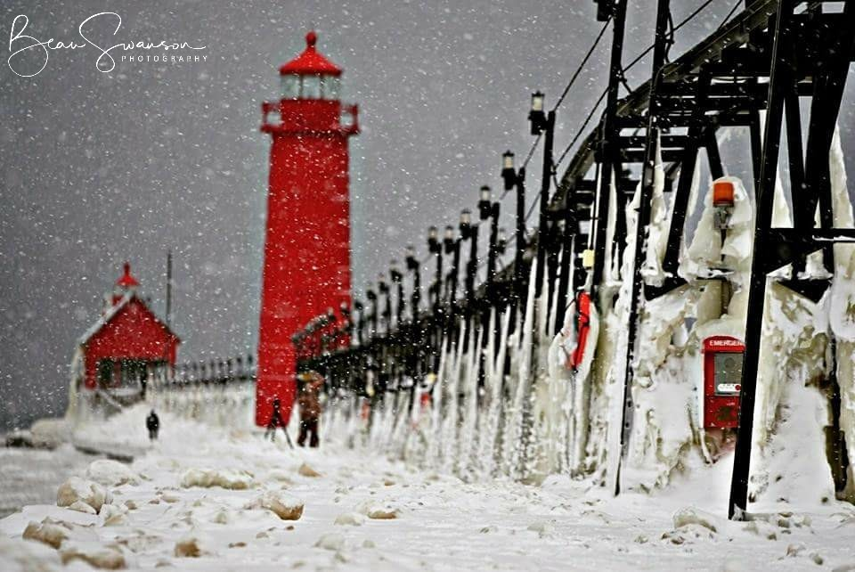 Grand Haven Lighthouse Winter (photo credit: Beau Swanson)