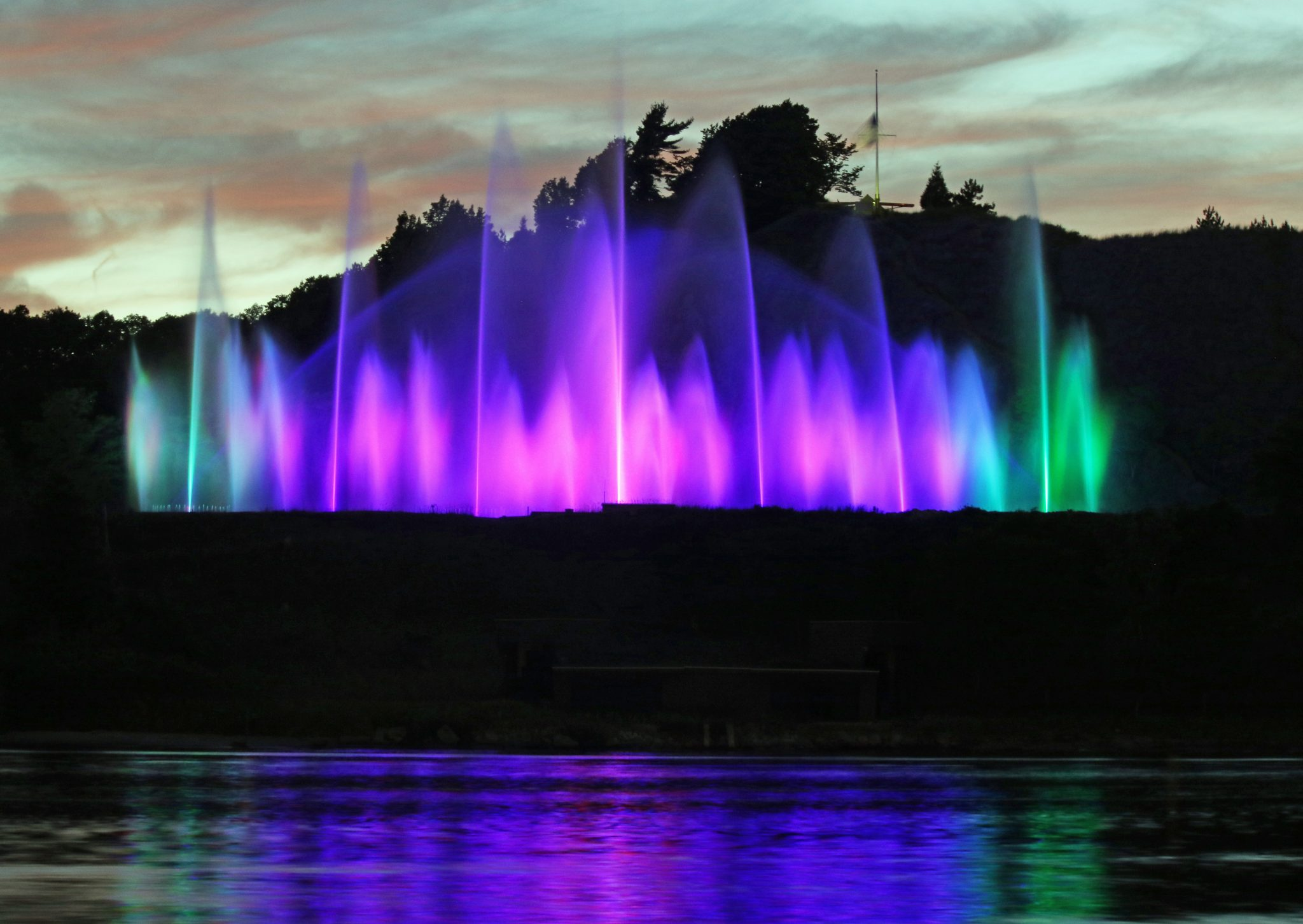Grand Haven Musical Fountain- Photo Credit: Todd Maertz